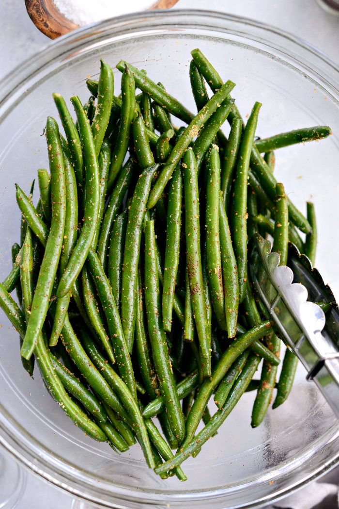 green beans tossed in spices