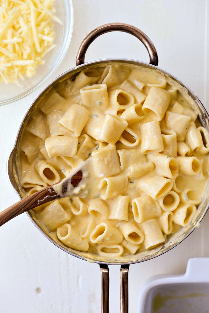 toss to combine the pasta and cheese sauce