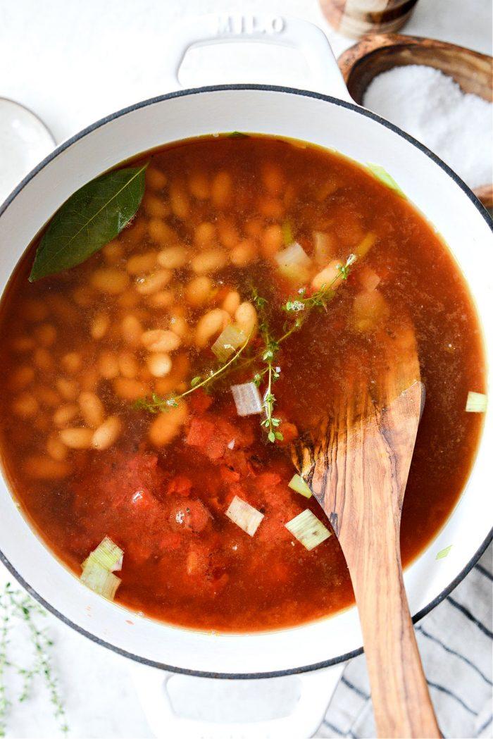 White Bean and Smoked Pork Soup
