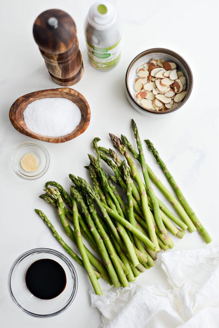 Air Fryer Balsamic Asparagus ingredients.