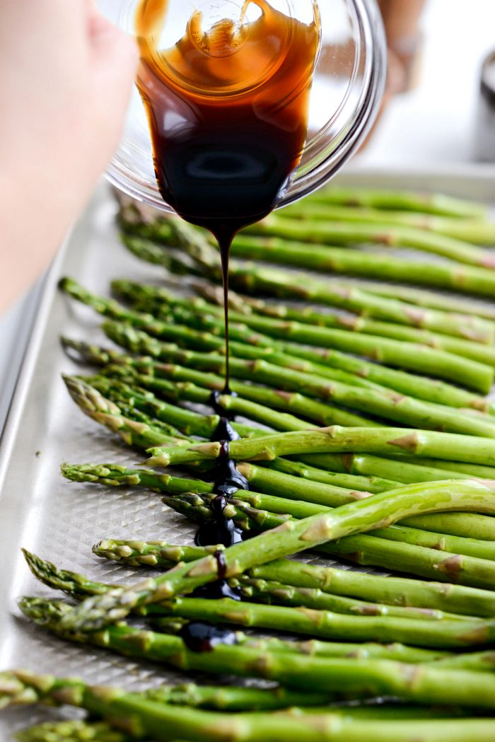 asparagus drizzled with balsamic glaze.