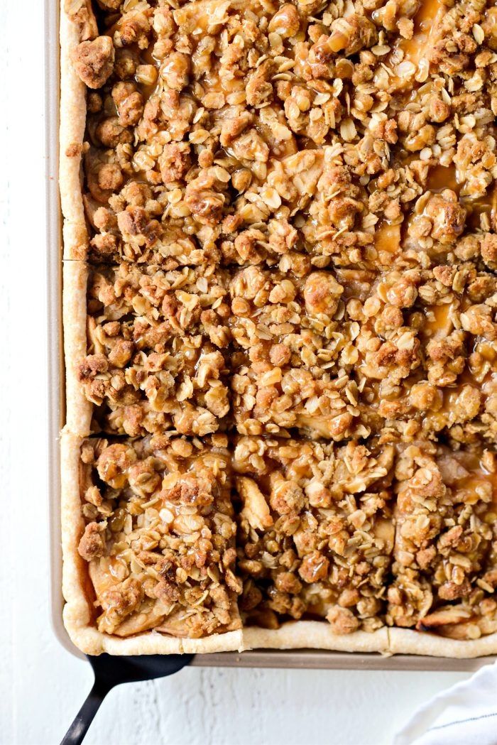 cut Caramel Apple Slab Pie into squares