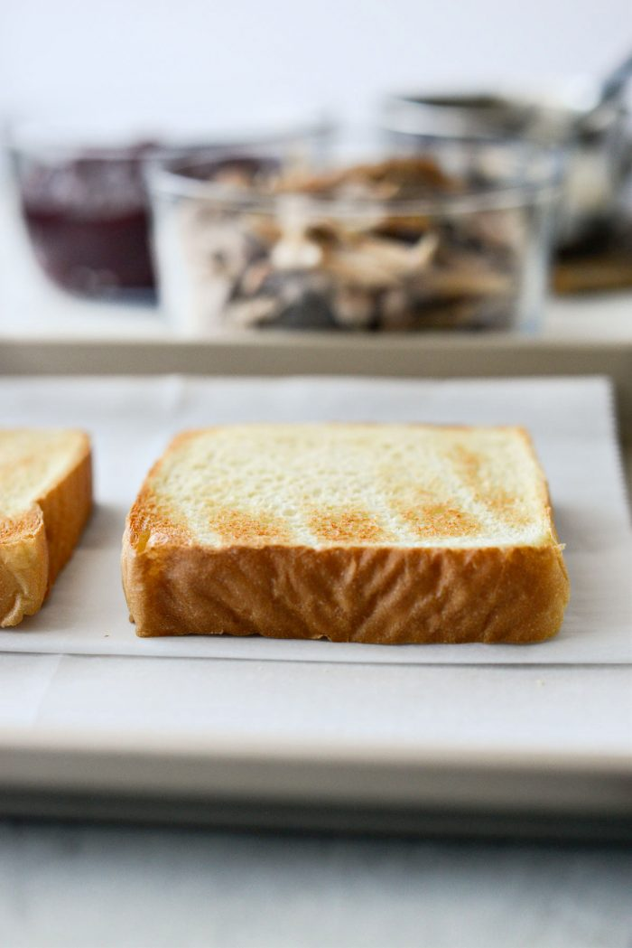 toasted texas toast
