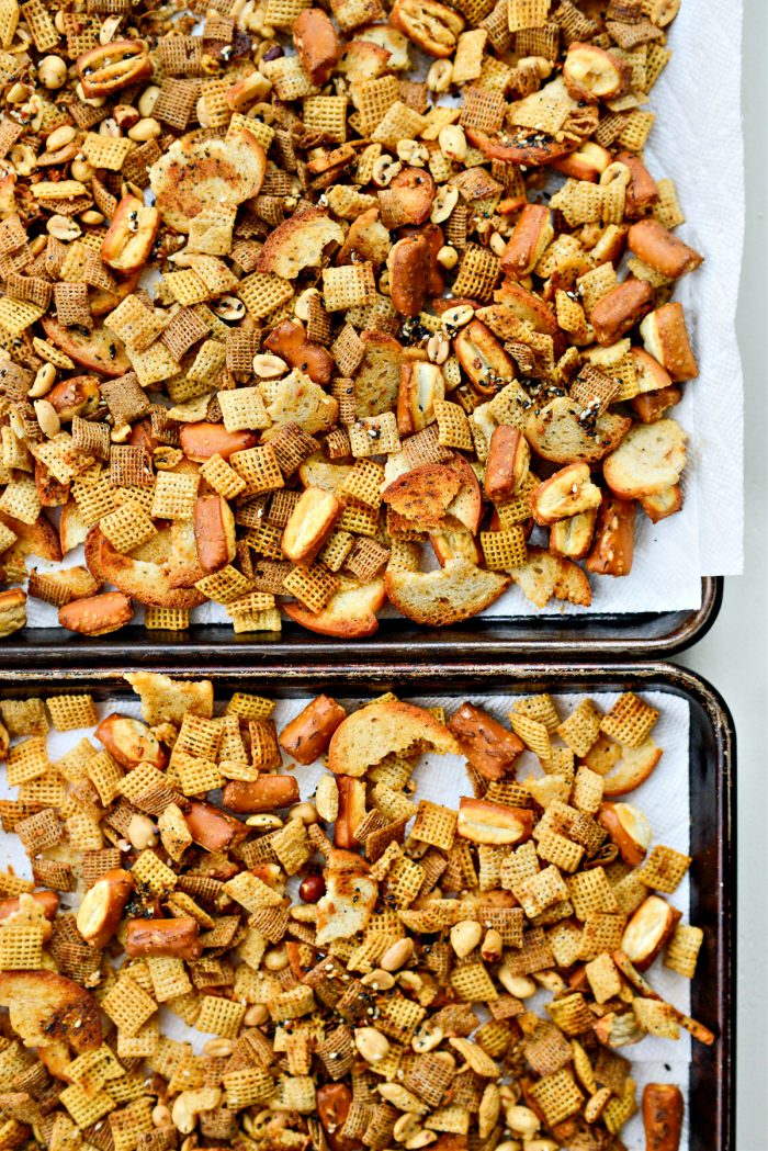 spread snack mix out on paper towel to cool.