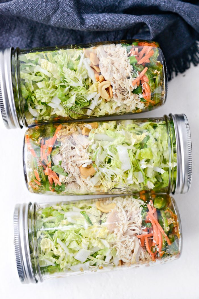 meal prep Asian Cashew Chicken Mason Jar Salad