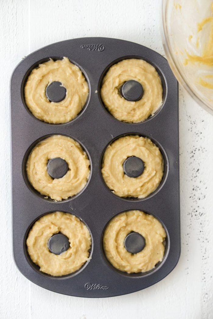 fill doughnut pans