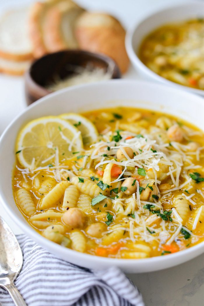 white bowl with Lemon Chickpea Soup