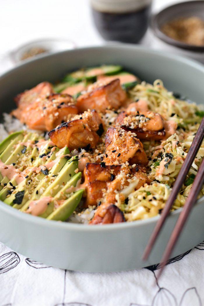 Spicy Salmon Maki Bowl
