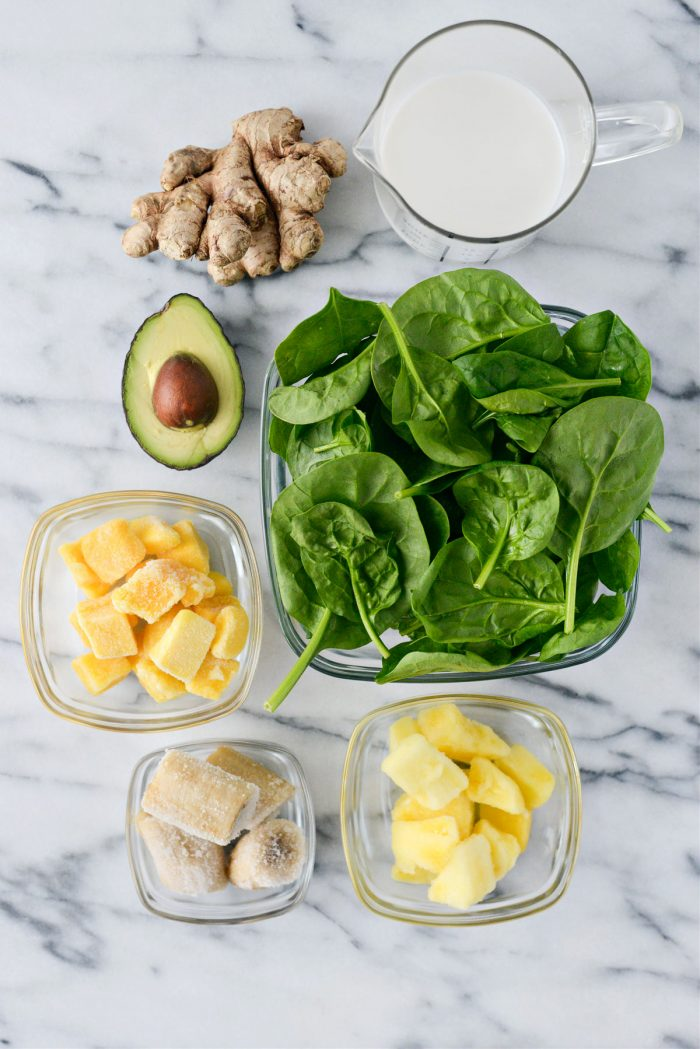 Ingredients for my Favorite Healthy Green Smoothie Recipe