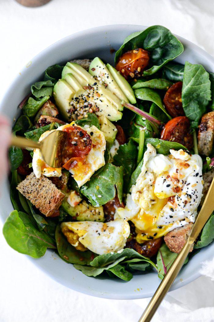 Simple Breakfast Salad