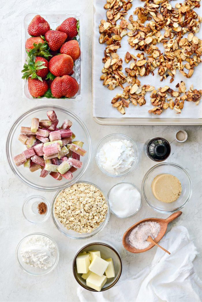 Strawberry Rhubarb Crisp ingredients