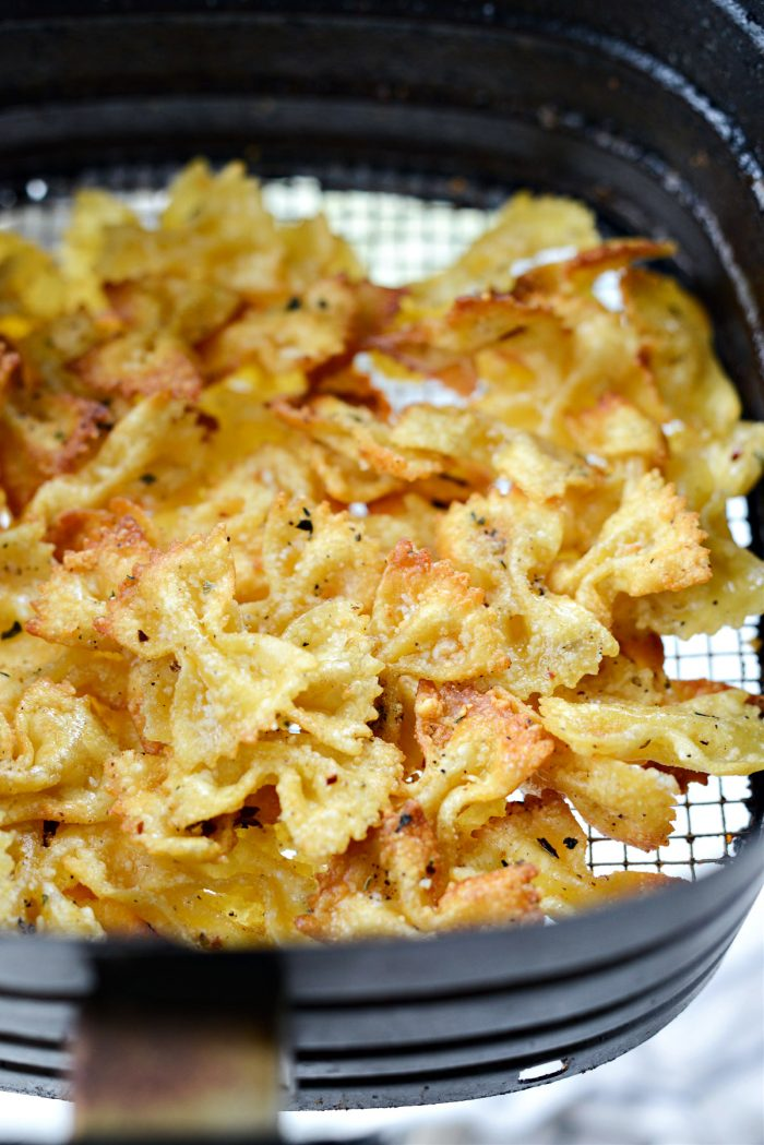 crispy air fried pasta chips