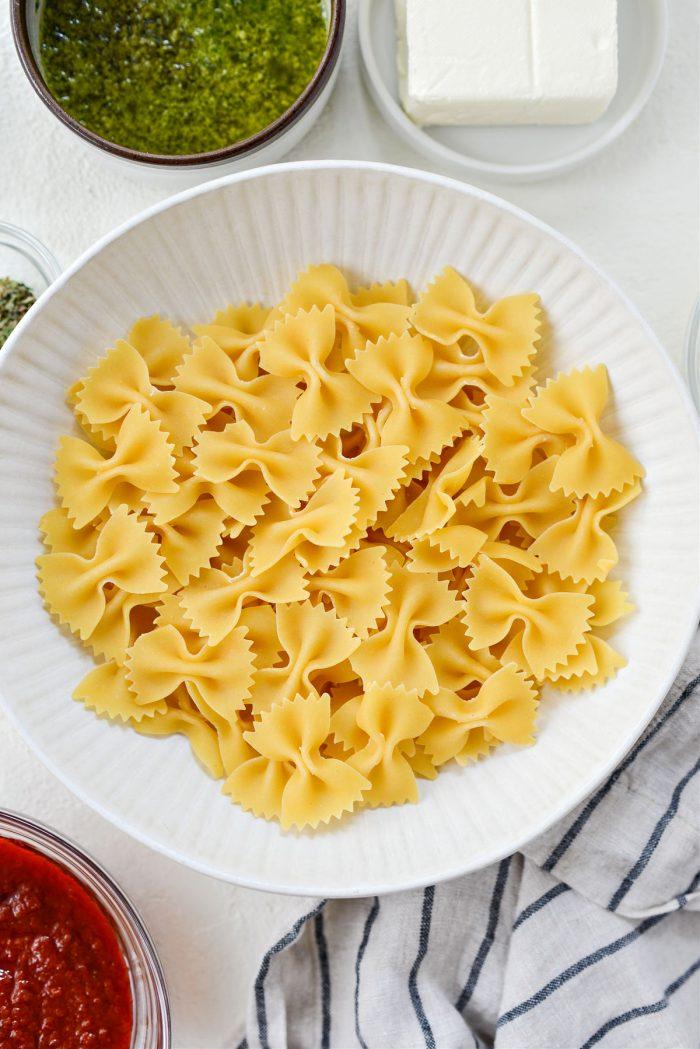 dried bowtie pasta