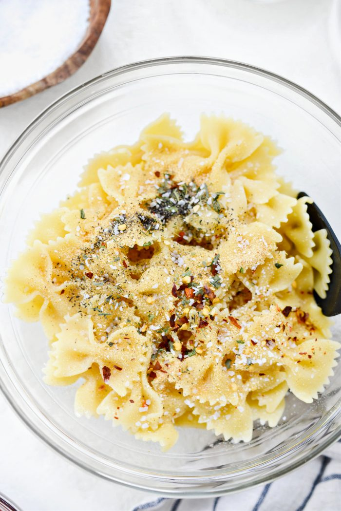 oil and spices added to pasta