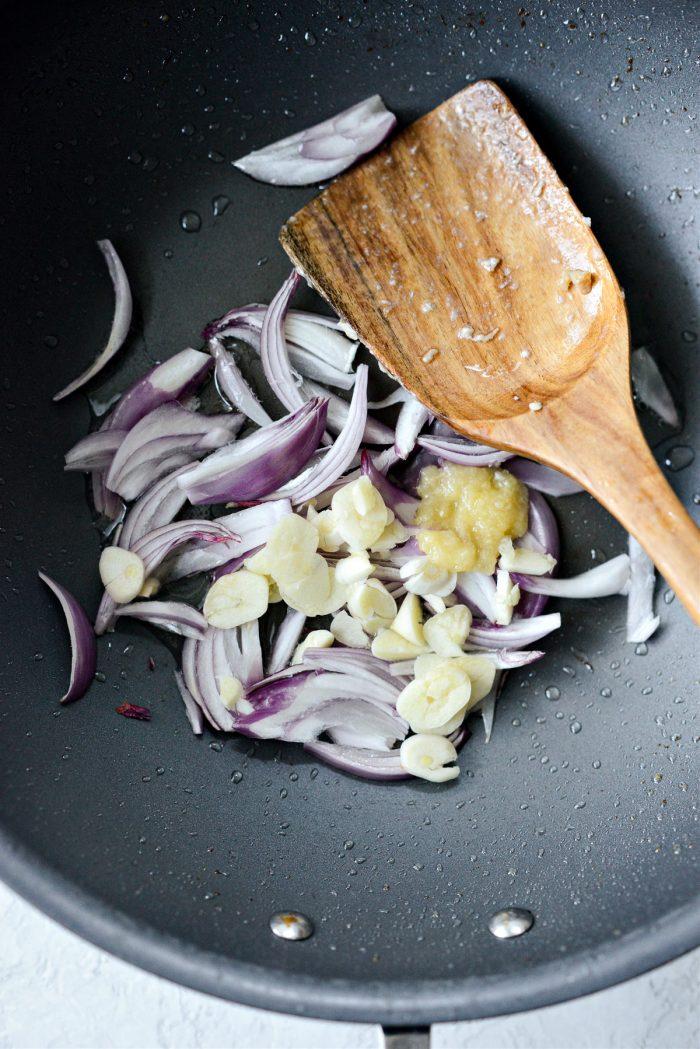 shallots, garlic and ginger paste to pan