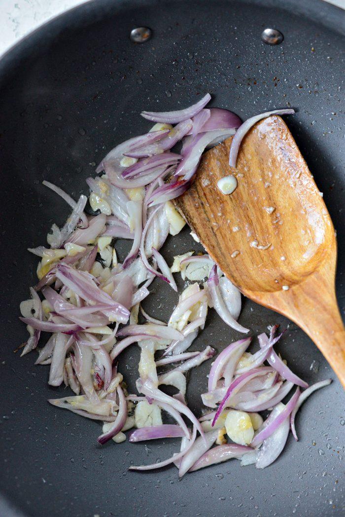 stirfried shallots, garlic and ginger