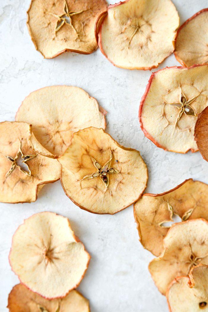 Crispy Baked Apple Chips