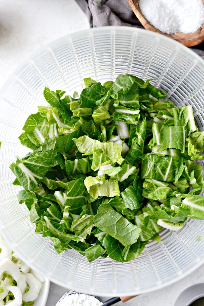 chopped and rinsed bok choy leaves