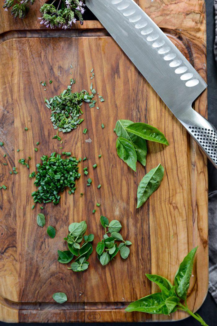 chop herbs